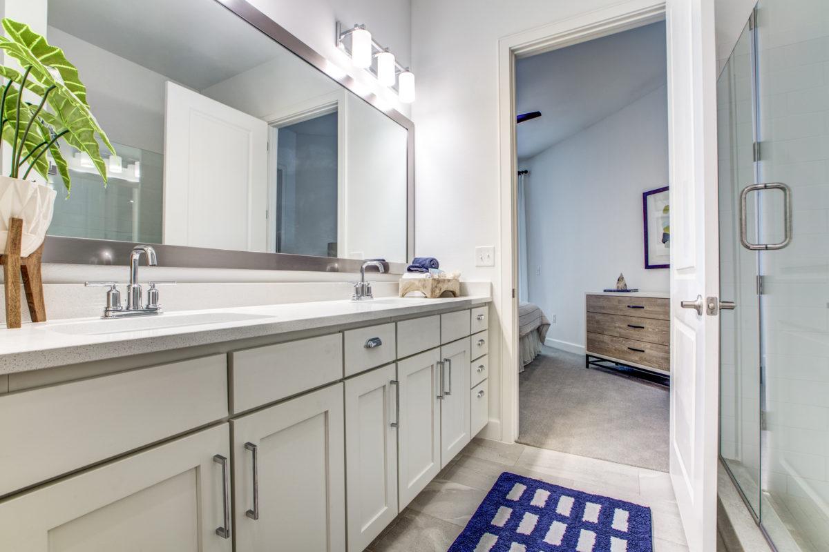 tile flooring in bathroom in luxury houston texas apartment