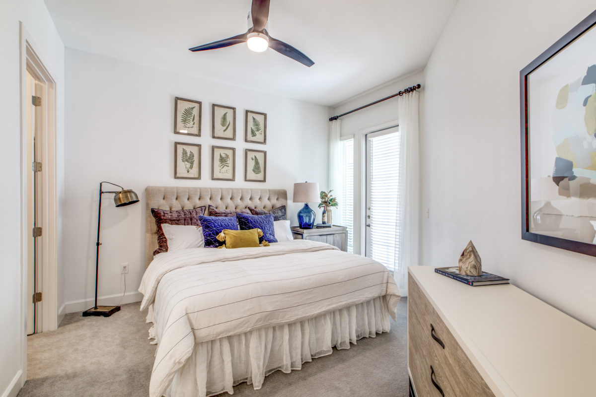spacious bedroom in luxury houston tx apartment