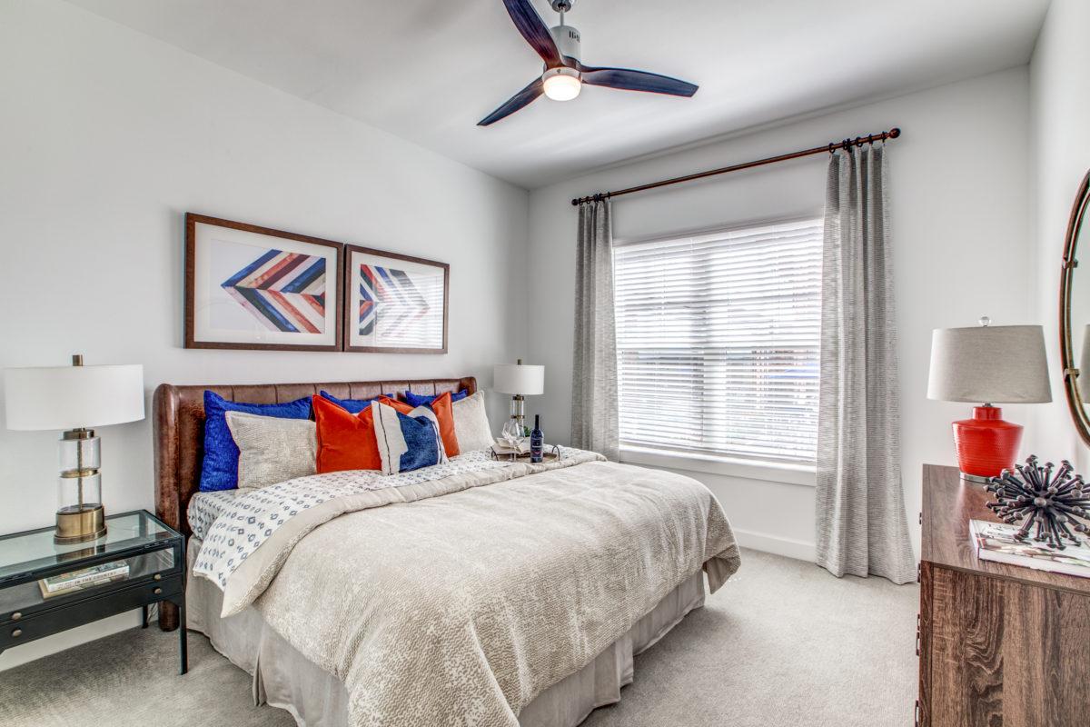 spacious bedroom in luxury houston texas apartment