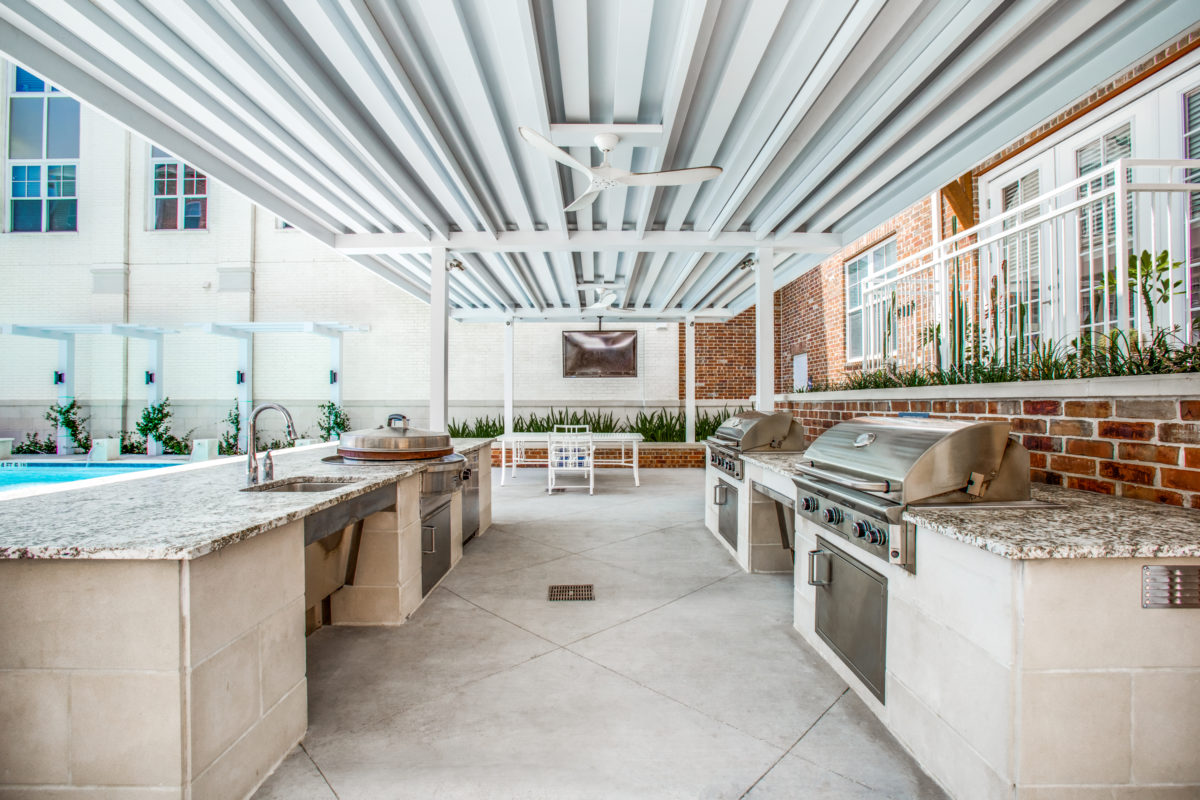 outdoor grilling kitchens in luxury houston tx apartment